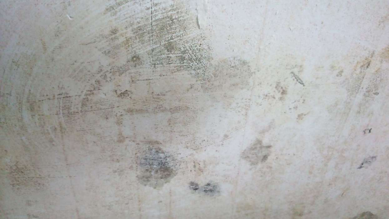Humidité dans le mur ou condensation comment les différencier
